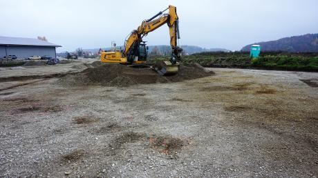 Archäologische Funde im Gewerbegebiet (hier eine Aufnahme aus dem November 2019) brachten den Haushalt in Todtenweis in Schieflage.