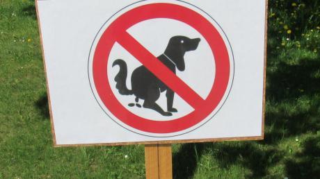 Hundehaufen sind ein Ärgernis. DNA-Proben könnten künftig die Übeltäter überführen.