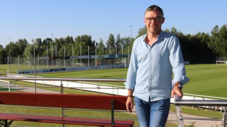 Stefan Schneider, Kandidat der Gruppierung GMK, ist Vorsitzender des TSV Kühbach. Unser Archivbild entstand auf dem Sportgelände.