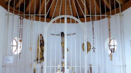 In der Kapelle befindet sich der kelchförmige Altar.