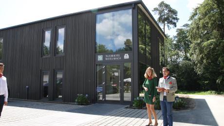 Das neue Naturhotel Wittelsbach ist fertig. Darüber freuten sich die Bauherren, Gwendolyn Freifrau von Beck Peccoz und ihr Mann Umberto Freiherr von Beck-Peccoz.