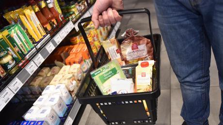 Der Supermarkt soll Waren auf einer Verkaufsfläche von 1200 Quadratmetern bieten.