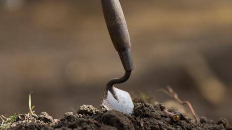 """Archäologen könnten im Baugebiet """"Am Weberanger"""" Ausgrabungen anordnen."""
