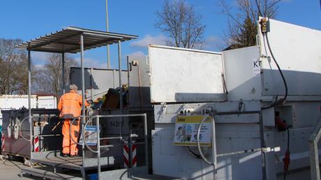 Der Recyclinghof in Ecknach (Aichach) bleibt auf alle Fälle. Dort wird allein über ein Fünftel der Wertstoffe im Landkreis gesammelt.