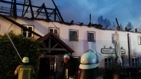 Das Landgasthaus in Burgadelzhausen wurde im Juli ein Raub der Flammen. Jetzt steht fest: Es war vorsätzliche Brandstiftung.
