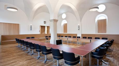 Die Sitzungen in Pöttmes können Bürger nach wie vor nicht live im Internet verfolgen. Der Gemeinderat hat solche Übertragungen jüngst abgelehnt.