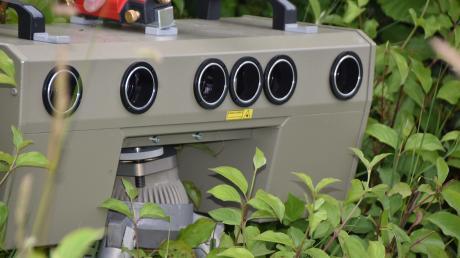 In Kühbach gibt es immer wieder Beschwerden über Raser. Nun soll ein weiteres Gerät zur Geschwindigkeitsmessung angeschafft werden. Die sogenannte Topo-Box entspricht nicht dem abgebildeten Messgerät.