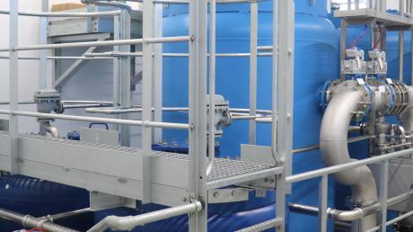 Das ist ein Teil der neuen Wasseraufbereitungsanlage im Hardhof mit der hochmodernen Technik zum Ausscheiden von Uran, Eisen und Mangan.