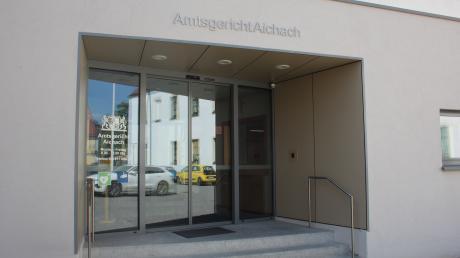 Wurde sie von ihrem Ehemann geschlagen oder nicht? Das war die Frage bei einem Prozess um eine 39-jährige Frau am Amtsgericht Aichach.