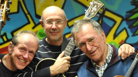 Das Trio Voyage musiziert zum 60. Gründungsjubiläum von Amnesty International im Dießener Strandhotel Südsee.