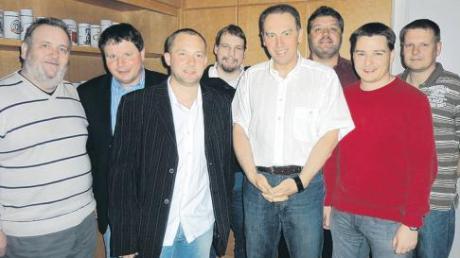 Der Vorstand der JFG Mittlere Schmutter 11 (von links): Erwin Attinger (vertrat Erwin Kuchenbaur), Herbert Völk, Christian Reissner, Christoph Sittner, Helmut Ruf, Philipp Brauchler, Elmar Trojer und Jürgen Kamissek.