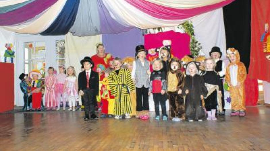 Fasching Zirkus Halli Galli Im Kindergarten St Ulrich