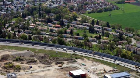 Entstehen soll eine Kindertagesstätte für bis zu vier Gruppen auf dem städtischen Grundstück zwischen Elmer-Fryar-Ring und Augsburger Straße.
