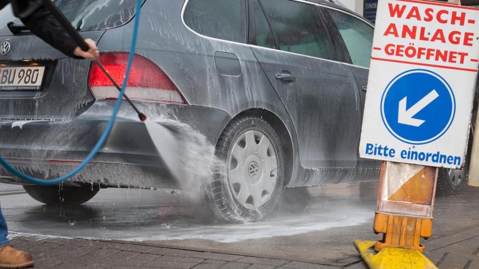 Blitzblank Autowaschen Am Sonntag Bleibt Die Ausnahme Nachrichten