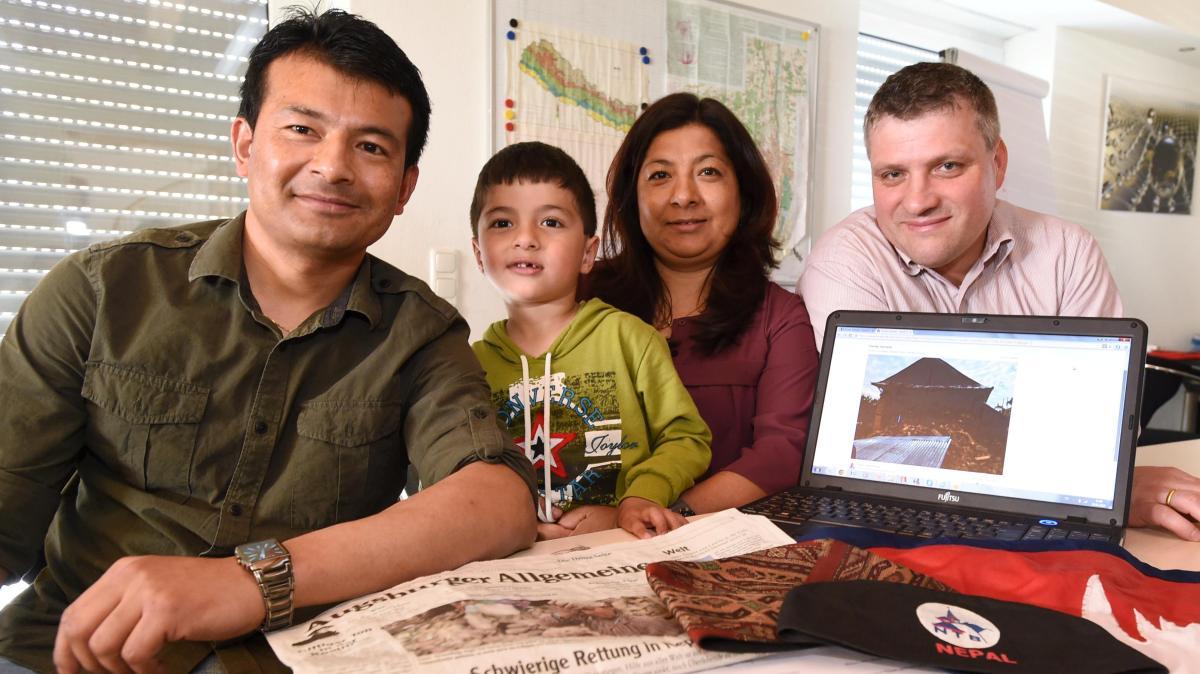 erdbeben wie diese familie aus gersthofen um ihre verwandten in nepal bangte nachrichten. Black Bedroom Furniture Sets. Home Design Ideas
