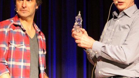 Chris Boettcher (links) und Karl  von der Kulturschmiede boten einen  Wortwechsel.