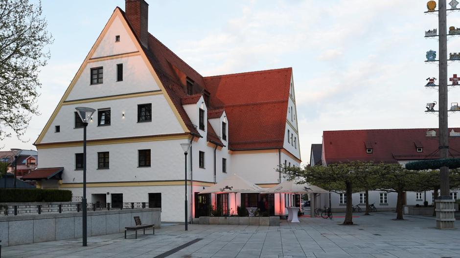 Gersthofen Gersthofer Gasthaus Strasser Betrieb Lauft Vorerst