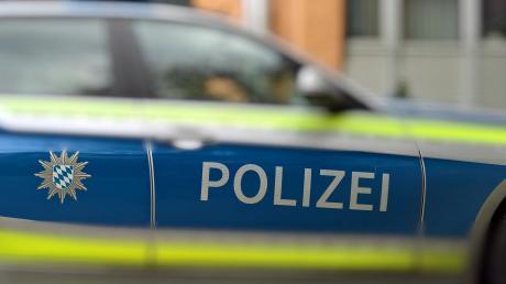 Randalierende Jugendliche haben in Jettingen einiges an Schaden angerichtet. Die Polizei sucht jetzt nach den vier Teenagern.