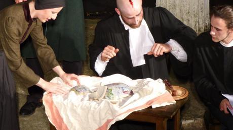 """""""Der zerbrochene Krug"""" war der Schlusspunkt der Saison im Griechischen Theater Heretsried."""