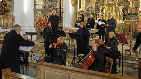 Das Madrigal-Ensemble unter Leitung von Helmut Maschke spielte in Kloster Holzen sein Abschiedskonzert.