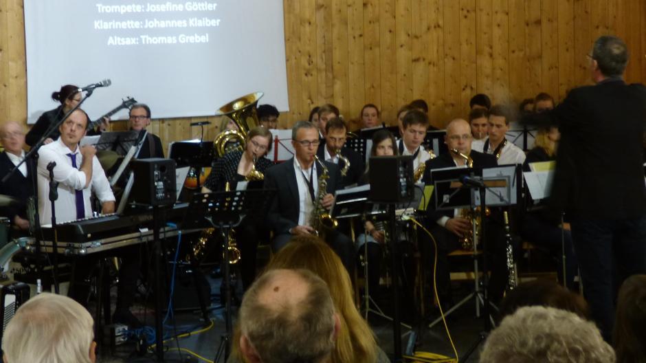 Konzert: Publikum rahmt die Bigband ein - Nachrichten Augsburg-Land ...