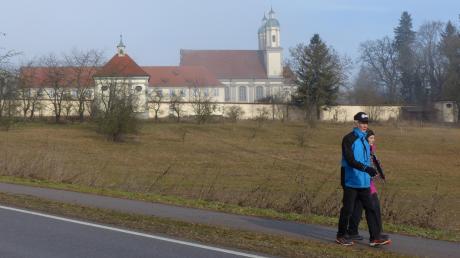 Zur dritten Winterwanderung rund um Kloster Holzen werden wieder viele Teilnehmer erwartet.