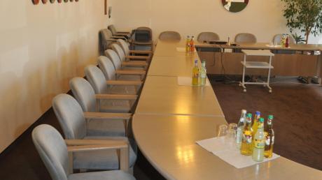 Zusmarshausen_Sitzungssaal%20017.jpg