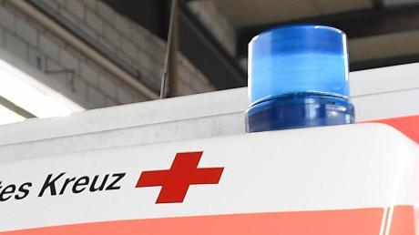 Der Rettungsdienst brachte die verletzten Motorradfahrer ins Klinikum.