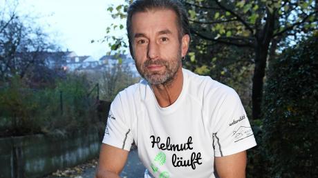 Helmut Pfanz ist von Neusäß nach Hamburg gelaufen.