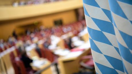 Der Landtag ist in der Corona-Krise zu einem Rumpfparlament geworden.  Ein Fünftel der Abgeordneten reicht aus, um den Betrieb im Plenum aufrecht zu halten.