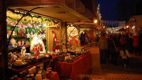 Der Weihnachtsmarkt Thannhausen 2019 findet in der Postgasse statt und wird heute eröffnet. Bei uns gibt es die Infos rund um Start, Termine und Öffnungszeiten.