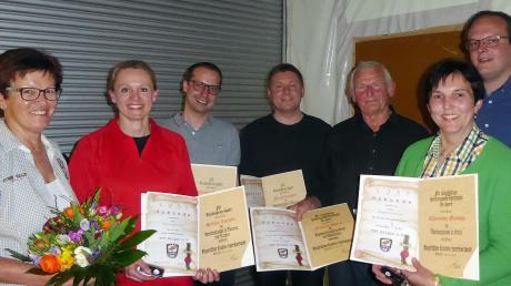 Copy%20of%20BLSV-Ehrungen_beim_TSV-Ellgau.tif