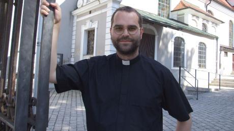 Dominik Loy aus der Filiale Mödishofen der Ustersbacher Pfarrei St. Fridolin erhält im Augsburger Dom die Priesterweihe. Ab September tritt er eine Kaplanstelle in Kempten an.