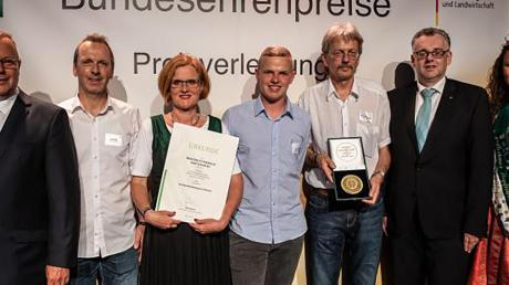 Copy%20of%20Presseinfo_Bundesehrenpreis_BierSommerFestival_2019_(002).tif