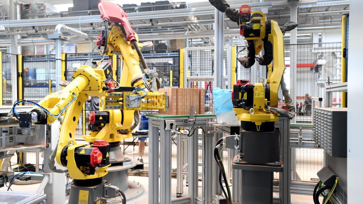 Volumen groß Designermode riesige Auswahl an Altenmünster-Hennhofen: Beck + Heun: Mit modernen Robotern ...