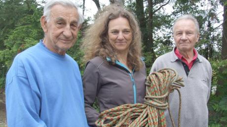 Vorsitzende der Sektion Gersthofen des Deutschen Alpenvereins ist Sigrid Steiner. Für sie sowie Albert Feichtenbeiner (links) und Albin Krieglstein tritt das Erleben der Berge nie ins Hintertreffen