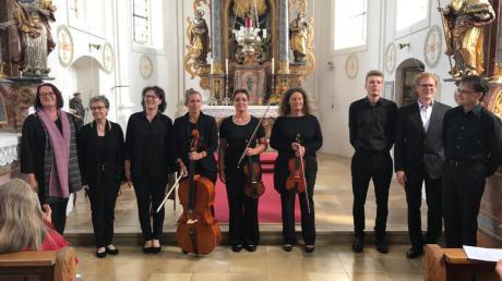 Viel Beifall gab es für die Musiker beim Kapellenkonzert in Neuhäder. Sie führten Werke von Mozart und Haydn auf.