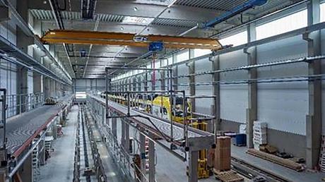 Hier ist die Werkstatthalle von Go Ahead in Essingen bei Aalen. Die geplante Anlage in Langweid-Foret wird in etwa so aussehen.