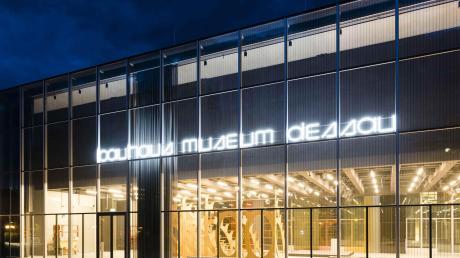 Copy%20of%20Bauhausmuseum_Dessau_Foto_Meyer(1).tif