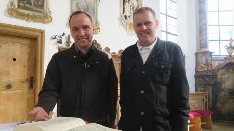 Michael Sommer (rechts) unterstützt Pfarrer Martin Gall (links in den kommenden 15 Monaten bei der Arbeit.