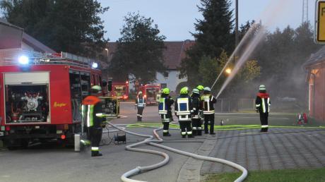 Ein Großaufgebot an Rettungskräften übte im Rahmen der Gemeindeübung in Feigenhofen den Ernstfall.