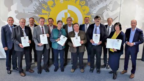 Verleihung_Kommunale_Dankurkunde_und_Verdienstmedaille_in_Bronze.jpg