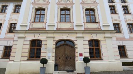 Im Kloster will der Markt Thierhaupten eine Kulturtenne einrichten, für die Kosten von 850.000 Euro veranschlagt sind.