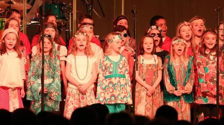 """Für das Konzert der Band """"Abbamusic"""" im Mai sucht die Konzertagentur einen Kinderchor, der mit der Band den Hit """"I Have A Dream"""" singt."""