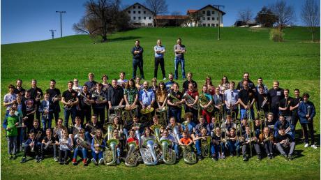Die Bayerische Brass Band Akademie ist am Sonntag im Holzwinkelsaal in Welden zu sehen.