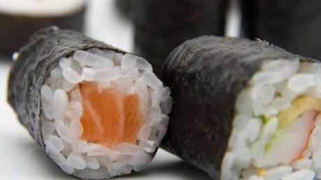 Mit Sushi wird auch nicht jeder beworfen. Symbolbild