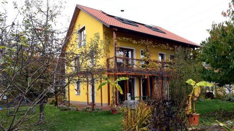Seit 13 Jahren leben Josef Hochhuber und seine Familie in Stadtbergen in einem Passivhaus.