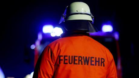 Die Feuerwehr Zusmarshausen rückte mit 20 Mann zu dem Brand in der Firma aus.