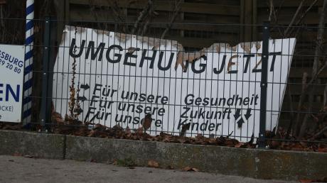 Plakat mit Symbolcharakter: Aus dem Kampf für die Umgehung ist in Mühlhausen die Luft raus.