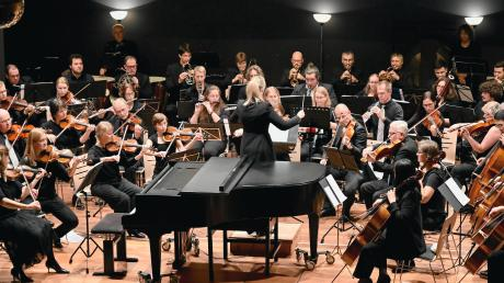 Unter Leitung von Irene Anda spielte das Symphonieorchester Stadtbergen ein kontrastreiches Konzert.